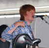 Book Brett Dennen for your next event.