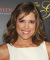 Book Hannah Storm for your next corporate event, function, or private party.