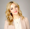 Book Abby Elliott for your next event.