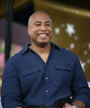 Book Bernie Williams for your next event.