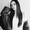 Book Maggie Lindemann for your next event.