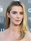 Book Betty Gilpin for your next event.